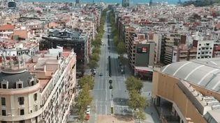 Une avenuede Barcelone presque déserte dimanche 5 avril 2020. (MOSSOS D'ESQUADRA (VIA FACEBOOK))