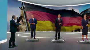 Qui va prendre la tête de l'Allemagne après Angela Merkel ? Trois favoris sont en lice, deux hommes et une femme. Le journaliste Guillaume Daret fait le point. (FRANCE 2)