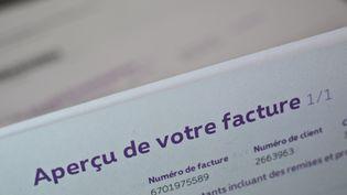 Parmi la paperasserie incontournable, les factures ! (MAXPPP)