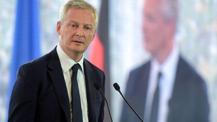 Le ministre de l'Economie et des Finances, Bruno Le Maire, lors de l'université d'été du Medef, le 29 août 2018 à Jouy-en-Josas (Yvelines). (ERIC PIERMONT / AFP)