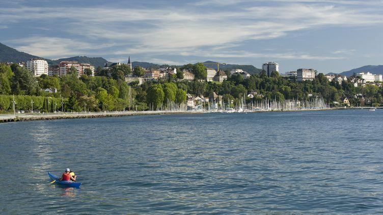 Les bords du lac Léman, à Thonons-les-Bains (Haute-Savoie). (JEAN-DIDIER RISLER / ONLY FRANCE / AFP)