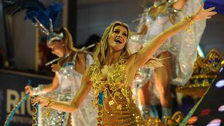 Gisele Bündchen lors du carnaval de Rio (Brésil), le 7 mars 2011. (VANDERLEI ALMEIDA / AFP)