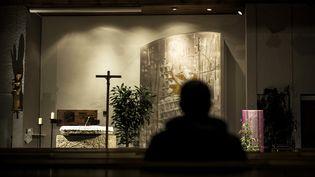 L'église de Sainte-Foy-lès-Lyon (Rhône), là où le père Preynat a encadré des jeunes scouts, de 1970 à 1991. (JEFF PACHOUD / AFP)