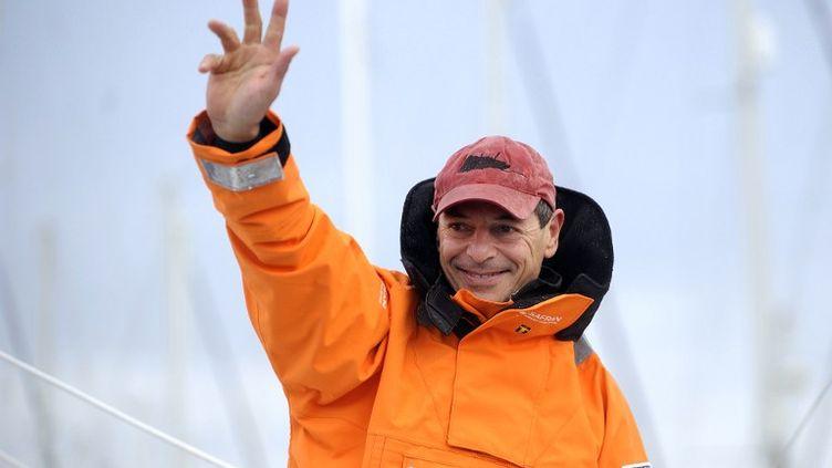 Le skipper Marc Guillemot avant le départ du Vendée Globe le 10 novembre 2012. (JEAN-SEBASTIEN EVRARD / AFP)