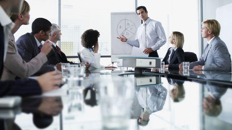 Les heures de formation cumulées sur le CPF pourront être utilisées par le salarié tout au long de sa carrière. (CHRIS RYAN / GETTY IMAGES)