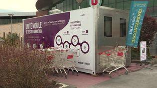 Cette unité mobile de décontamination est la première en France. (FRANCE 3)