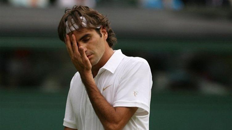 Roger Federer démarre dans la douleur