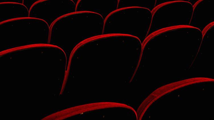 Le géant américain AMC Entertainment, désigné pour l'exploitation des salles, devrait ouvrir 40 cinémas dans 15 villes saoudiennes au cours des cinq prochaines années.  (MARK WEBSTER / CULTURA CREATIVE / AFP)