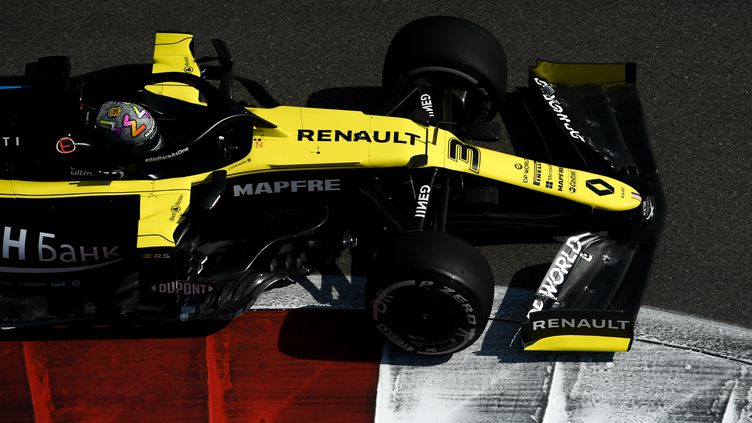 Daniel Ricciardo fait briller Renault à Sotchi (ALEXEY FILIPPOV / SPUTNIK)