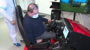 Dans l'Ain, diminués par un accident ou la maladie, ils réapprennent à conduire grâce à un simulateur (FRANCE 3)
