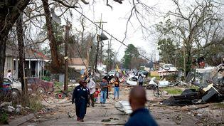 Les rues de La Nouvelle-Orléans (Etats-Unis), le 7 février 2017 après le passage d'une tornade. (SEAN GARDNER / GETTY IMAGES NORTH AMERICA / AFP)