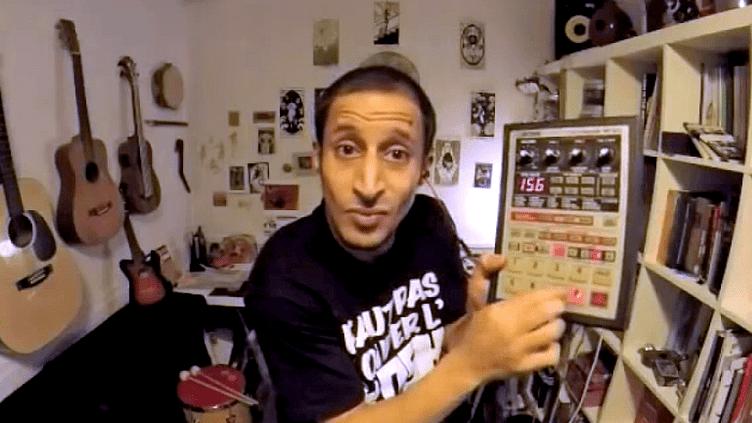 """""""The Kosh Box"""" dans une de ses vidéos postées sur Youtube  (capture d'écran France 3 / Culturebox)"""