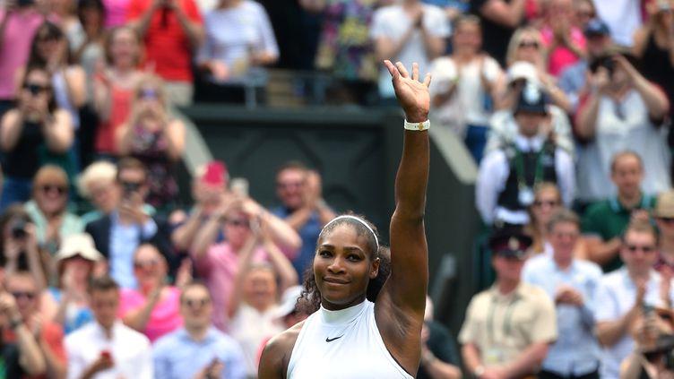 La joueuse de tennis Serena Williams, le 3 juillet 2016 à Wimbledon (Royaume-Uni). (GLYN KIRK / AFP)