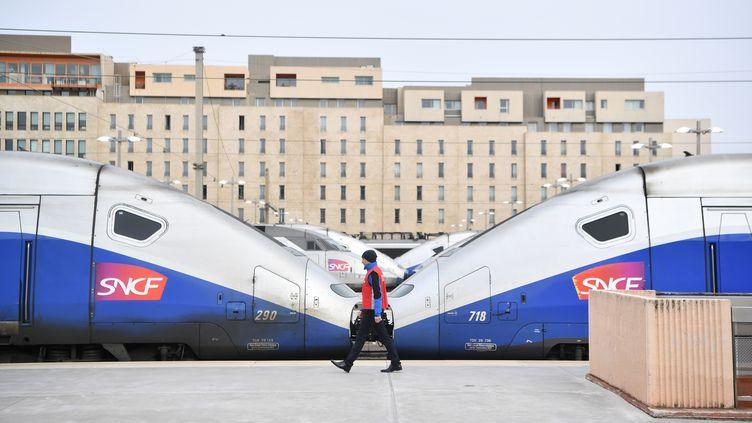 Un quai de la gare Saint-Charles de Marseille (Bouches-du-Rhône), le 3 avril 2018, au début de la mobilisation contre la réforme de la SNCF. (BERTRAND LANGLOIS / AFP)
