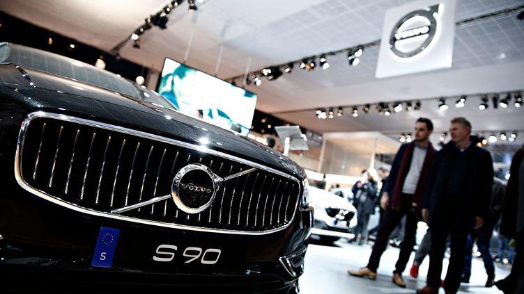 Un modèle de Volvo exposé auSalon de l'automobilede Bruxelles (Belgique), le 22janvier 2017. (ALEXANDROS MICHAILIDIS / SOOC / AFP)