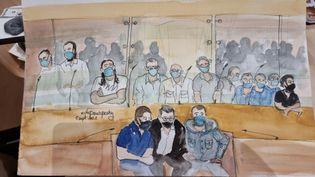 Le banc des accusés au premier jour du procès des attentats du 13-Novembre, devant la cour d'assises spéciale de Paris, le 8 septembre 2021. (ELISABETH DE POURQUERY / FRANCEINFO)