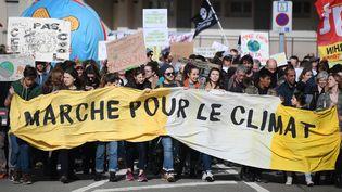 La marche pour le climat à Strasbourg (Bas-Rhin), le 16 mars 2019. (FREDERICK FLORIN / AFP)