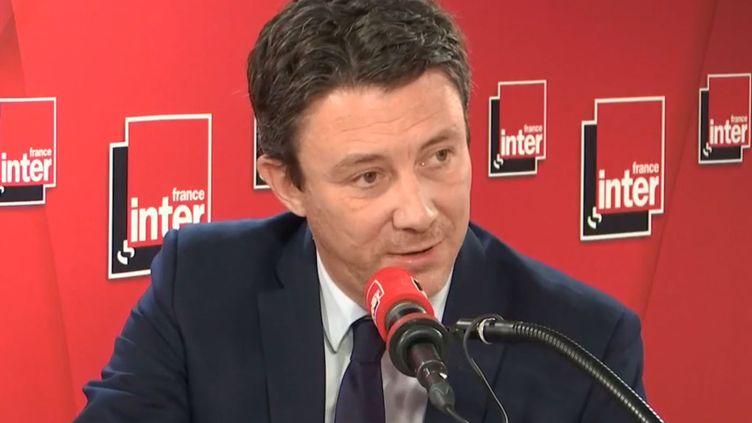 Le porte-parole du gouvernement, Benjamin Griveaux, invité de France Inter mardi 12 mars. (FRANCE INTER /RADIOFRANCE)