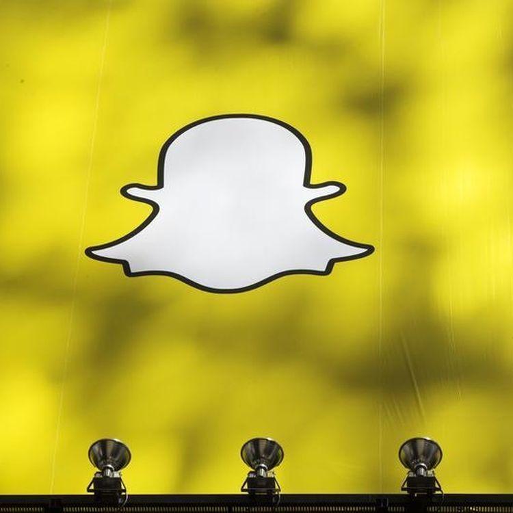 Très prisé des adolescents et des jeunes adultes, Snapchat n'est que très peu utilisé par les plus de 35 ans. (LUCAS JACKSON / REUTERS)