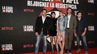 Les acteurs de la série, le 15 juillet 2019, à Paris. (PHILIPPE LOPEZ / AFP)