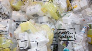Le gouvernement souhaite généraliser le recyclage du plastique. (CHRISTIAN WATIER / MAXPPP)