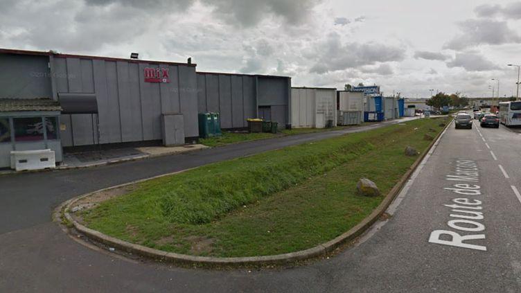 Sept personnes ont été percutées par une voiture à la sortie de la discothèque Le Mix Bar à Cambrai. (GOOGLE MAPS)