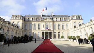 Le palais de l'Elysée, à Paris, le 15 mai 2012. (LIONEL BONAVENTURE / AFP)