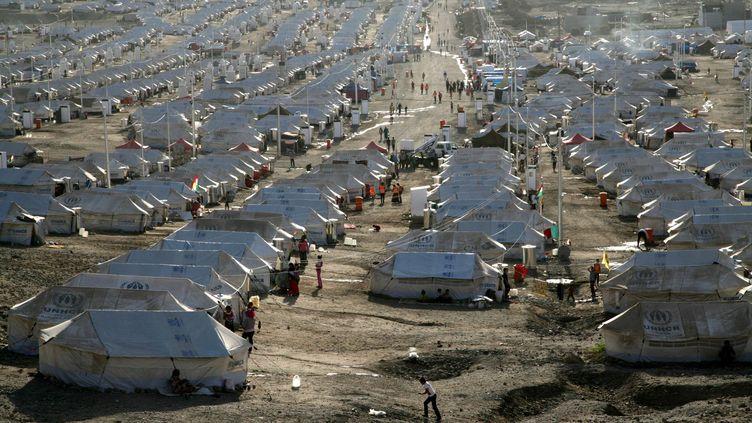 Un camp de réfugié près d'Arbil, en Irak, le 10 octobre 2013. (SAFIN HAMED / AFP)