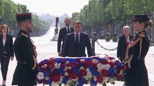 Partout, en France, les cérémonies de célébration des 75 ans de la fin de la Seconde Guerre mondiale en Europe, ont été réduites à cause du coronavirus. (France 2)