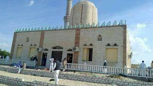 La mosquéeAl Raoudah, à Bir Al-Abed, dans le norddu Sinaï(Egypte), a été visée par une attaque sanglante, le 24 novembre 2017. (AFP)