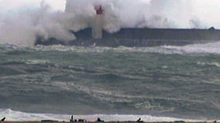 Tempête sur la côte basque (4 novembre 2009) (© F2)