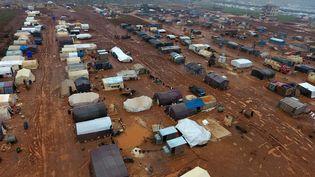 Un camp de réfugiés dans la provinceIdleb, en Syrie, le 29 décembre 2019. (AREF TAMMAWI / AFP)