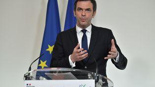Olivier Véran donne une conférence de presse à Paris, le 26 janvier 2021. (BERTRAND GUAY / POOL)