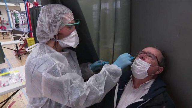 Coronavirus : la France chasse le variant britannique