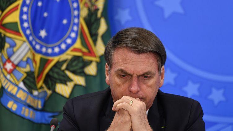 Le président brésilien Jair Bolsonaro lors d'une conférence de presse sur la déforestation en Amazonie, le 1er août 2019. (MATEUS BONOMI / AFP)