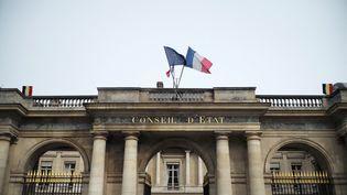 La façade du Conseil d'Etat, à Paris, le 10 mars 2021. (LOU OSRA / HANS LUCAS / AFP)