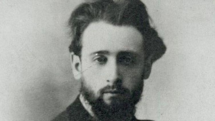 Albert Londres, à 20 ans. Dans le regard, qui ressemble à celui d'Arthur Rimbaud, toute l'audace du futur grand reporter... (DR)
