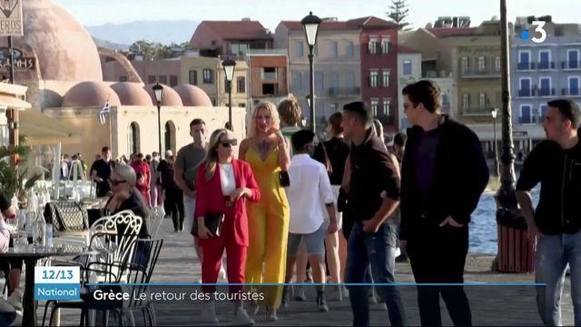 Tourisme : le Grèce accueille ses premiers visiteurs