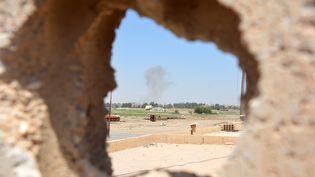 Les deux camps s'observent à Raqqa (Syrie) où les Forces démocratiques syriennes ont lancé une offensive pour déloger les jihadistes de l'Etat islamique le 6 juin 2017. (MAXPPP)