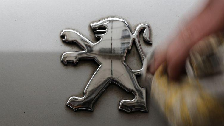 Le groupe PSA a annoncé la mise en vente de son usine de Meudon-la-Forêt (Hauts-de-Seine) le 22 mai 2013. (CHRISTIAN HARTMANN / REUTERS)