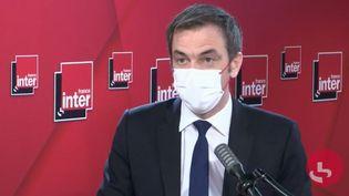 Le ministre de la Santé Olivier Véran, sur France Inter, le 19 janvier 2021. (CAPTURE ECRAN FRANCE INTER)