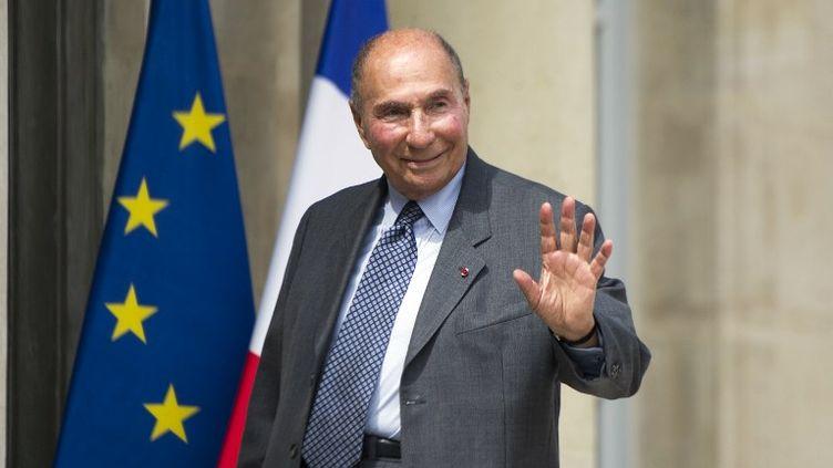 L'industriel et sénateur UMP Serge Dassault à l'Elysée, à Paris, le 25 juin 2013. (FRED DUFOUR / AFP)