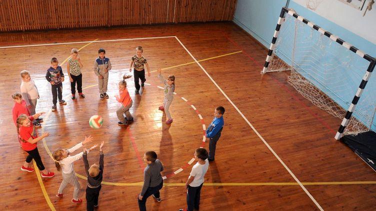 Quatre enfants sur cinq ne pratiquent pas d'activité physique quotidienne.  (GETTY IMAGES)