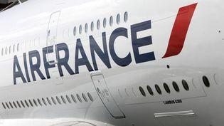 Un Airbus A380 de la compagnie aérienne Air France, sur un tarmac. (CHRISTOPHE LEHENAFF / GETTY IMAGES)