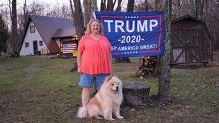 Daby, une électrice républicaine, dans le comté de Grant en Virginie-Occidentale (Etats-Unis), le 8 novembre 2020. (ROBIN PRUDENT / FRANCEINFO)
