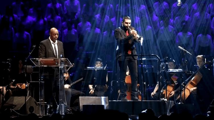 """Oxmo Puccino et Ibrahim maalouf pendant les répétitions d""""'Au Pays d'Alice""""  (France3/culturebox)"""