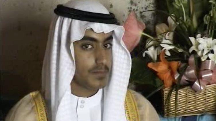 Une photo non datée de Hamza Ben Laden, rendue publique par la CIA le 1er novembre 2017. (AFP PHOTO / FEDERATION FOR DEFENSE OF DEMOCRACIES' LONG WAR JOURNAL)