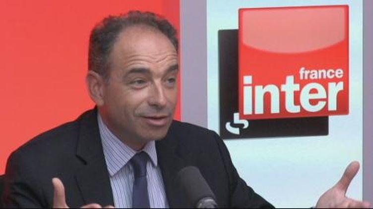 """Pour Jean-François Copé, l'avenir de l'école"""", c'est """"le suivi personnalisé"""". (France Inter)"""
