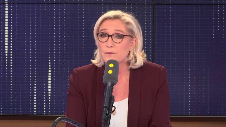 """La présidente du Rassemblement national, invitée du """"8h30 Fauvelle-Dély"""", mercredi 6 février 2019. (FRANCEINFO / RADIOFRANCE)"""