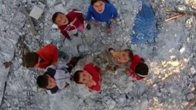 Syrie : les images de Kobané ville complètement détruite filmée par un drone